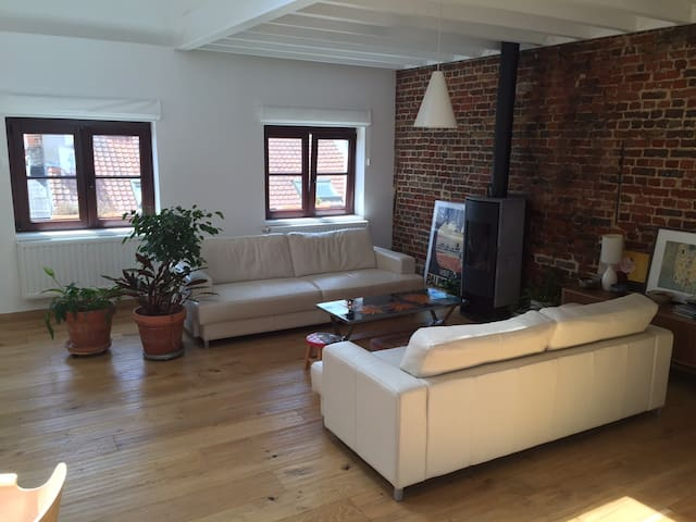 Charming loft in hip area close to city centre