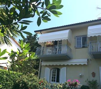B&B Villa Chiara - Camera ELBA - Rosignano Solvay-Castiglioncello - Bed & Breakfast