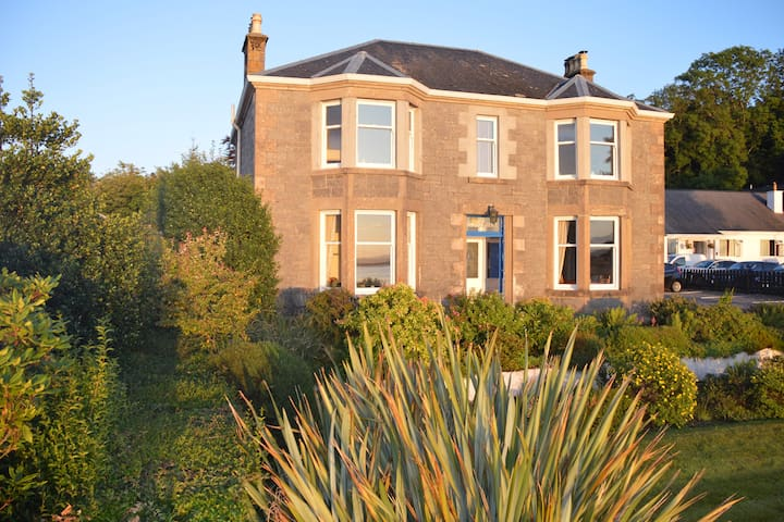 Ronebhal Guest House, -VisitScotland 4 Star.
