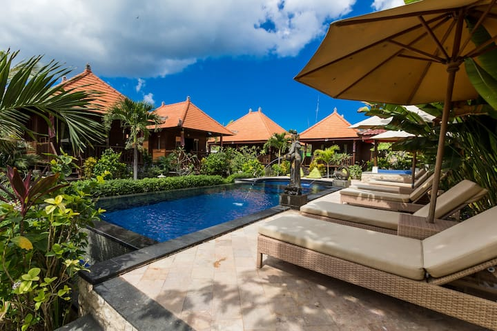 ESCAPE RELAX AND COMFORTABLE  HOLIDAY WITH BUDGET