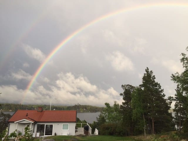 Another beautiful rainbow, from back of the house
