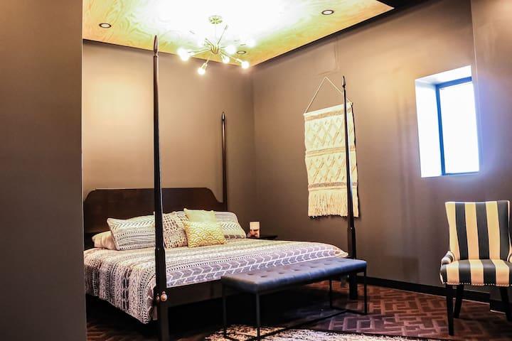 Indigo Pass Boutique Hotel (Room 302)