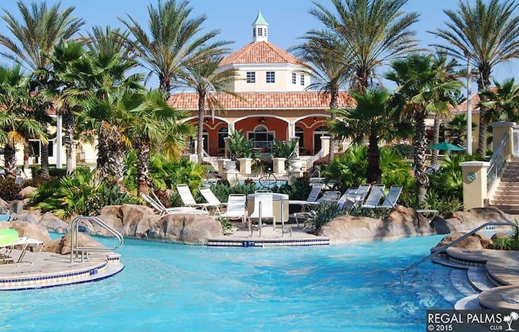 4 Bedroom Townhouse in Beautiful Regal Palms