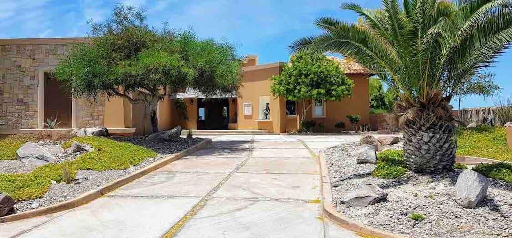 Villa Alegría Private Secluded Gated Community