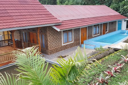 Hostel Manggis  (suitable for 10-15 persons)