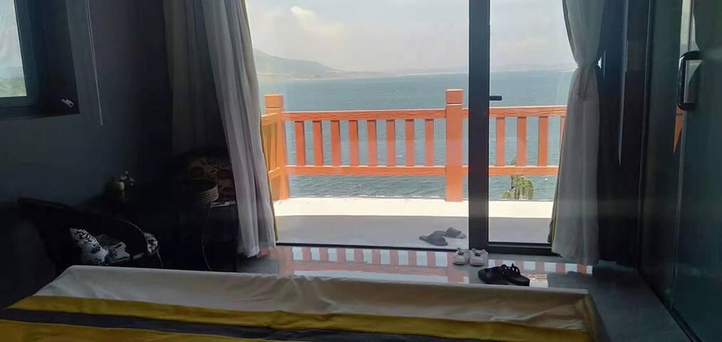 渔夫客栈 •星空海景房  在房间就能看日落拉.孝北村【爸爸去哪儿拍摄地】