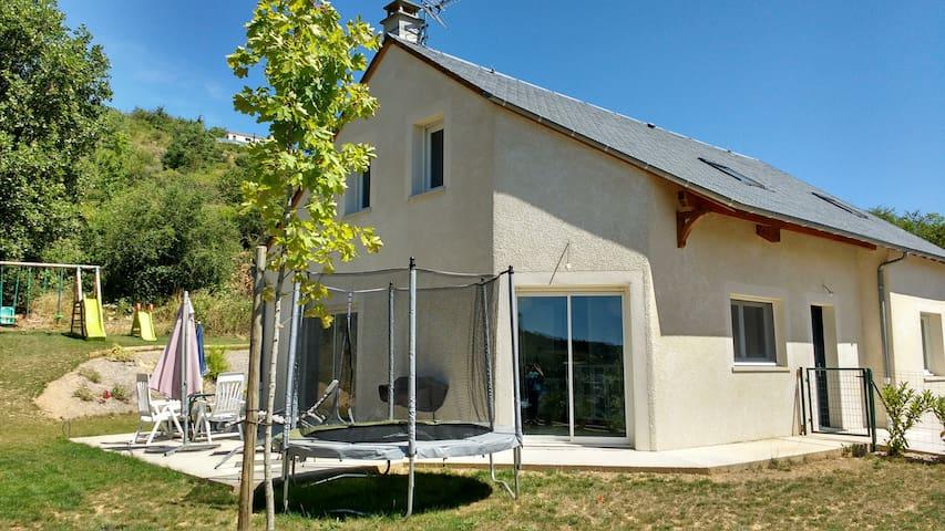 Maison récente avec jardin - Le Monastier-Pin-Moriès - Casa