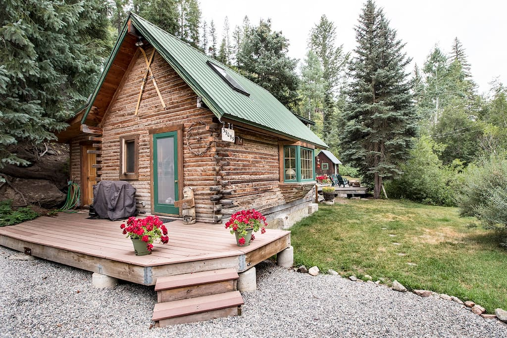 Cozy romantic spring creek cabin cabins for rent in for Cabin rentals steamboat springs co