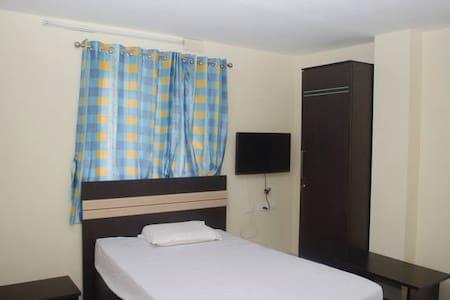 Baba House - Single Room Non AC - Coimbatore
