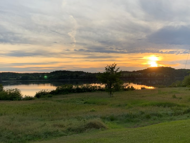 Lubec Saltbox with breathtaking sunsets!