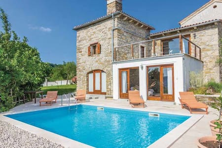 Villa Sussini with private pool - Pićan