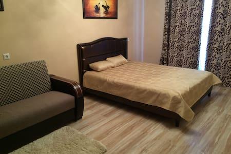 Уютная квартира на сутки - Minsk