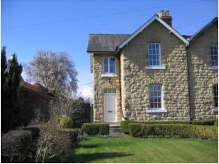 Brook Farm Cottage, Old Malton