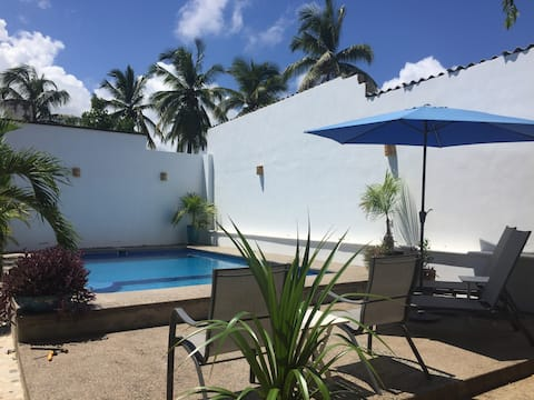 Palapa Bella Suite  Amazing Pool Beautiful Garden!