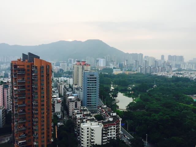 Amazing view from a spacious suite - Shenzhen - Apartment