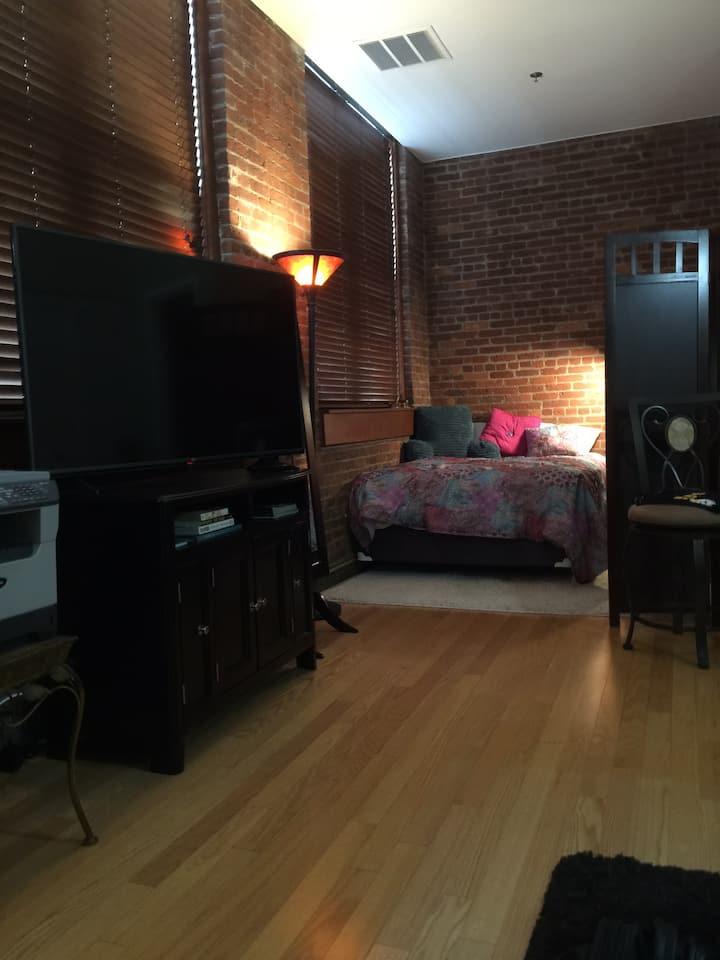 Studio Apt in Little Falls NJ