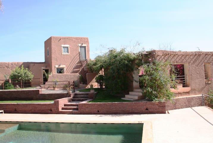 Chambre dans ferme en terre à la campagne - Marrakech - Gæstehus
