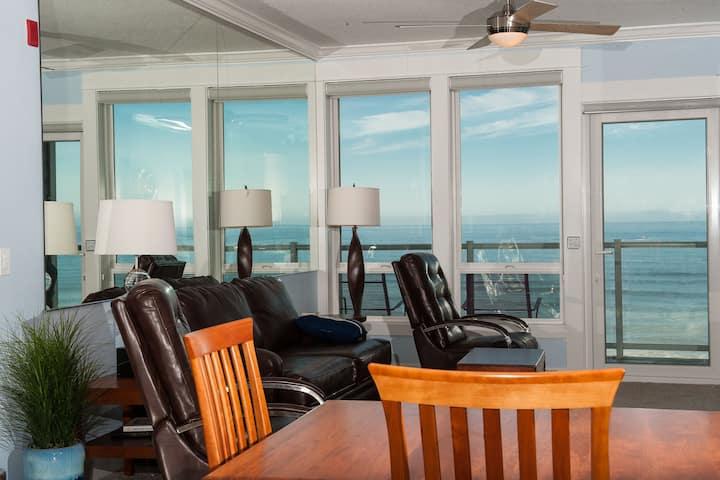 Beach Time - Third Floor Oceanfront Condo, Hot Tub