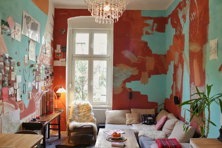 Unique and colorful flat (LGBTIQ* welcoming)