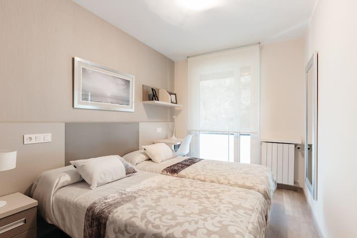 Apartamento  con vistas al monte y al mar ESS00593 - Deba - Pis