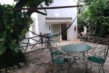 LaCorniche Duplex, WIFI, Parking, 7minCBD/Baobab