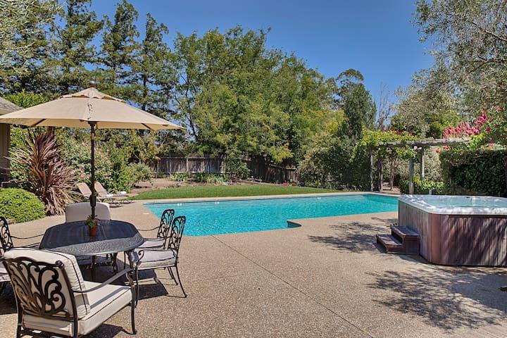 Stay at Roche Winery Vineyard Estate Retreat