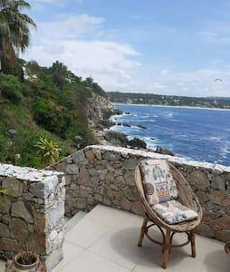 Gorgeous Oceanfront 2 Storey Condo