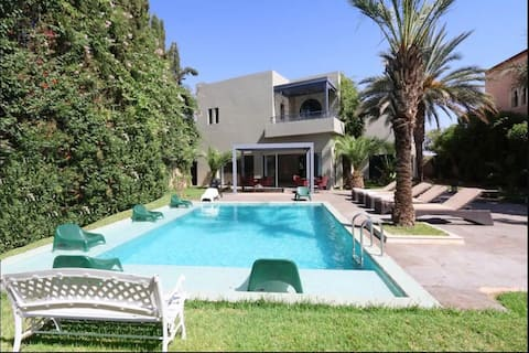 Villa Zeitoun-Charming Villa with a Private Pool