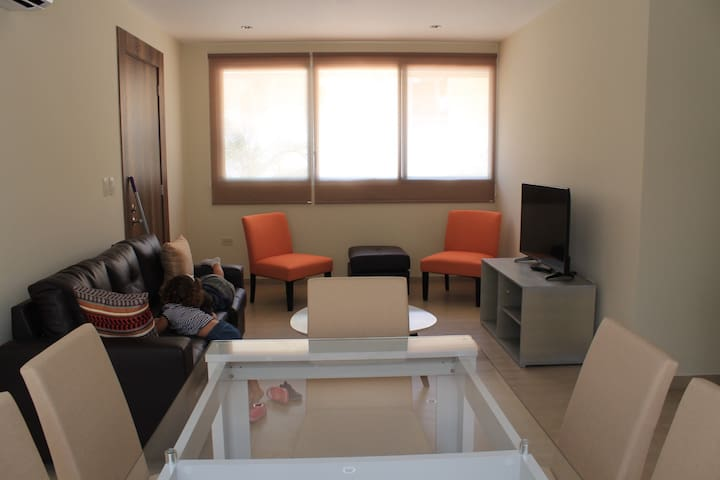 Lindo y cómodo apart, full amoblado, area exclusiv - Samborondón - Flat