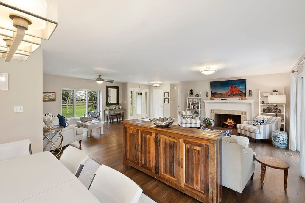 Open concept living/dining area