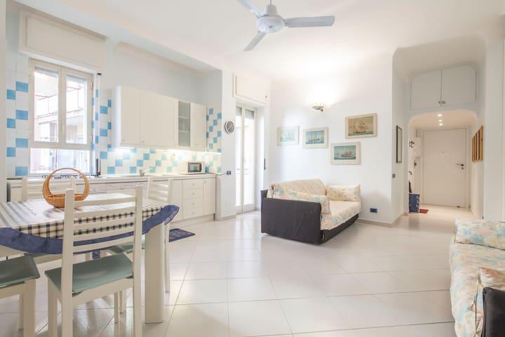 Karol Apartment in Minori centre - Minori - Apartment