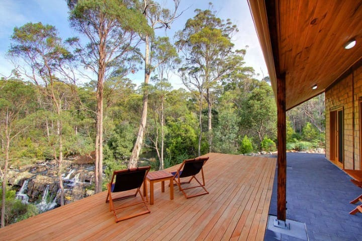 Falls River Luxury Accommodation - Red Hills