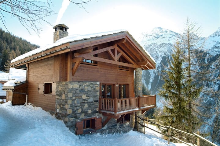 Mountain Chalet with panoramic view
