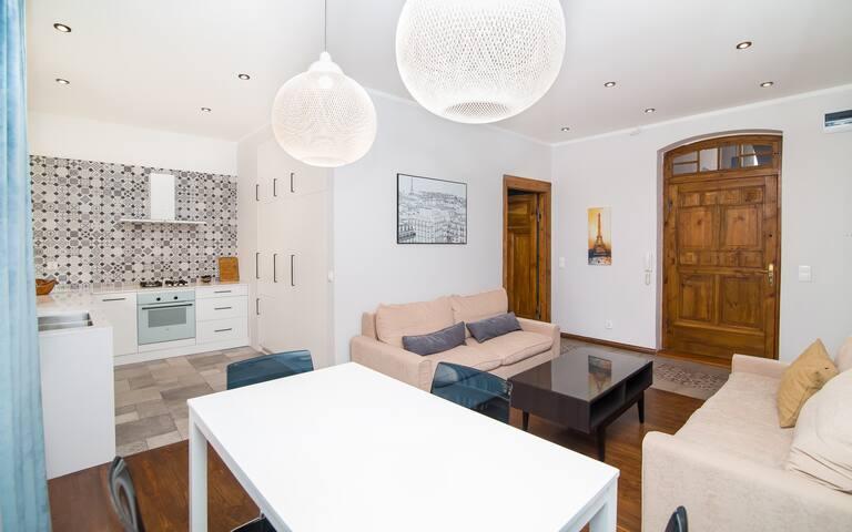 Komfortowy apartament w pobliżu Starówki
