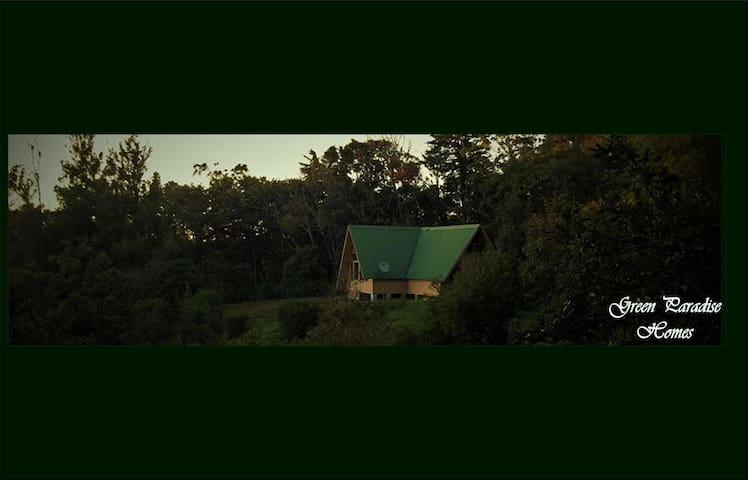 """La Guatusa"", (The Agouti), a Green Paradise Home - Monteverde - Hus"