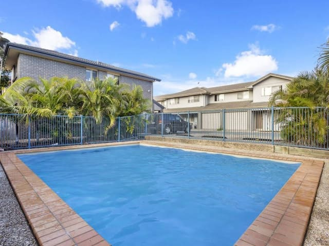 Holiday townhouse on Redcliffe Peninsula