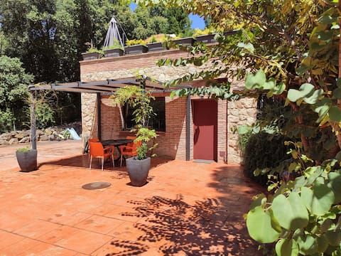 Costa Brava - estudio con jardín