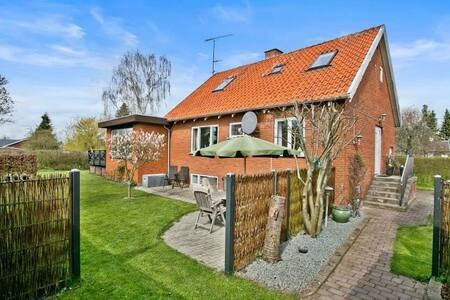 Charming house in quiet area - Hedehusene - Haus