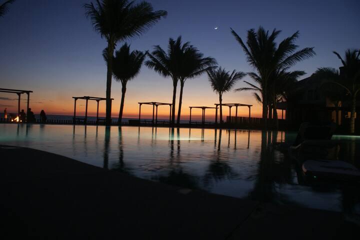 Playa y atardeceres en Villa Los Cabos - Escuintla - Villa