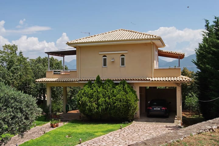 Karteroli Village Home