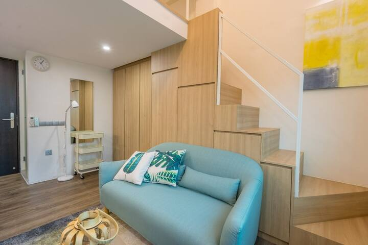 Outram Thrilling Loft