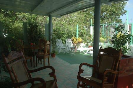 Hostal San Fernando, Morón, Cuba - Moron