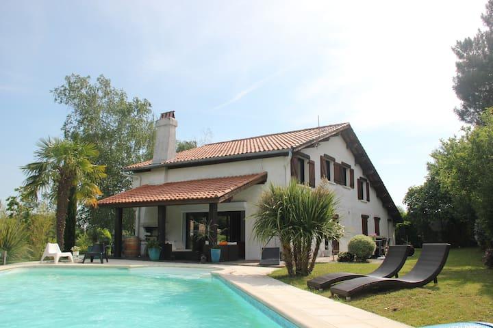Villa Coteaux Bordelais - Pompignac - Dům