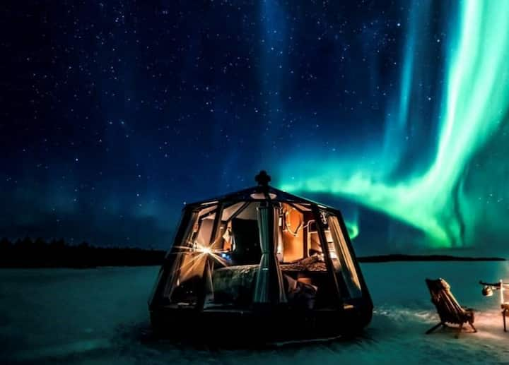 AuroraHut Glass Igloo - Arctica Lapland