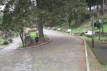 Parco pubblico davanti casa