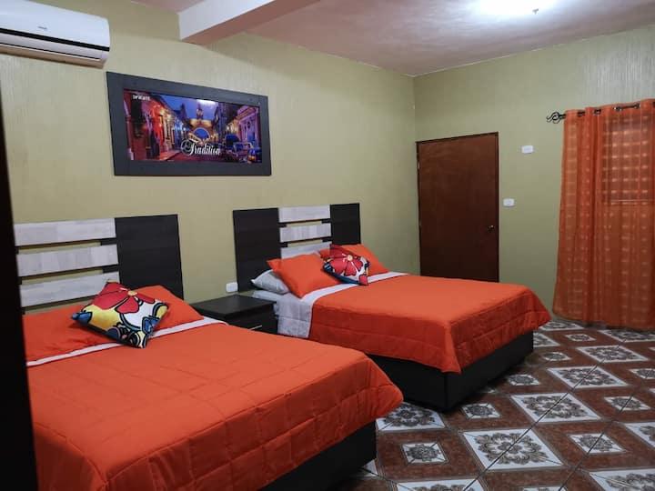 HOTEL LA IGUANA DORADA
