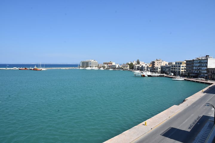 Chios port view apartment