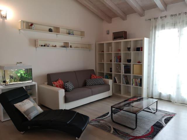 Luminoso appartamento in villa vicino Caravaggio