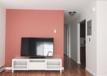 Charming Sunfilled 2 Bedroom Apt. - Bronx