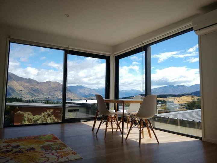 Private new loft - amazing views!